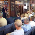 Direktor Republičkog centra za istraživanje rata, ratnih zločina i traženje nestalih lica Milorad Kojić danas na zvaničnom otvaranju prve Regionalne kancelarije Republičkog centra u Vlasenici