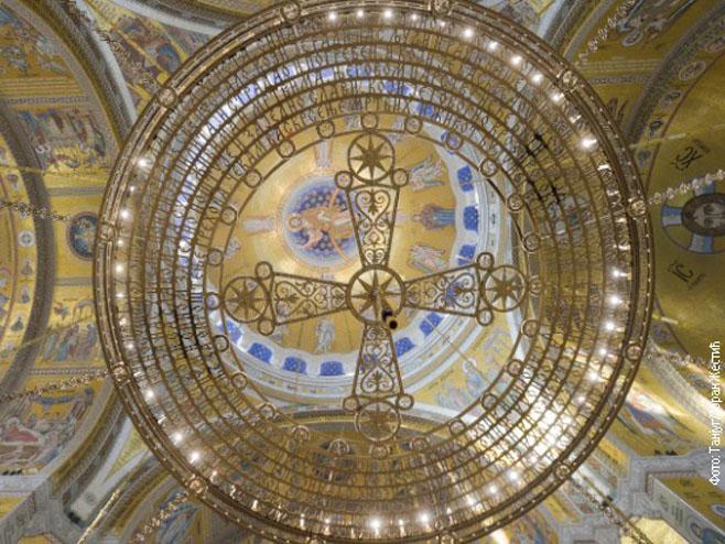 Hram Svetog Save otvorio vrata; Novi mozaik krasi ovu pravoslavnu svetinju  | Infosrpska